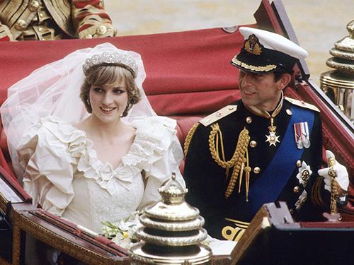 チャールズ皇太子とダイアナ妃の結婚